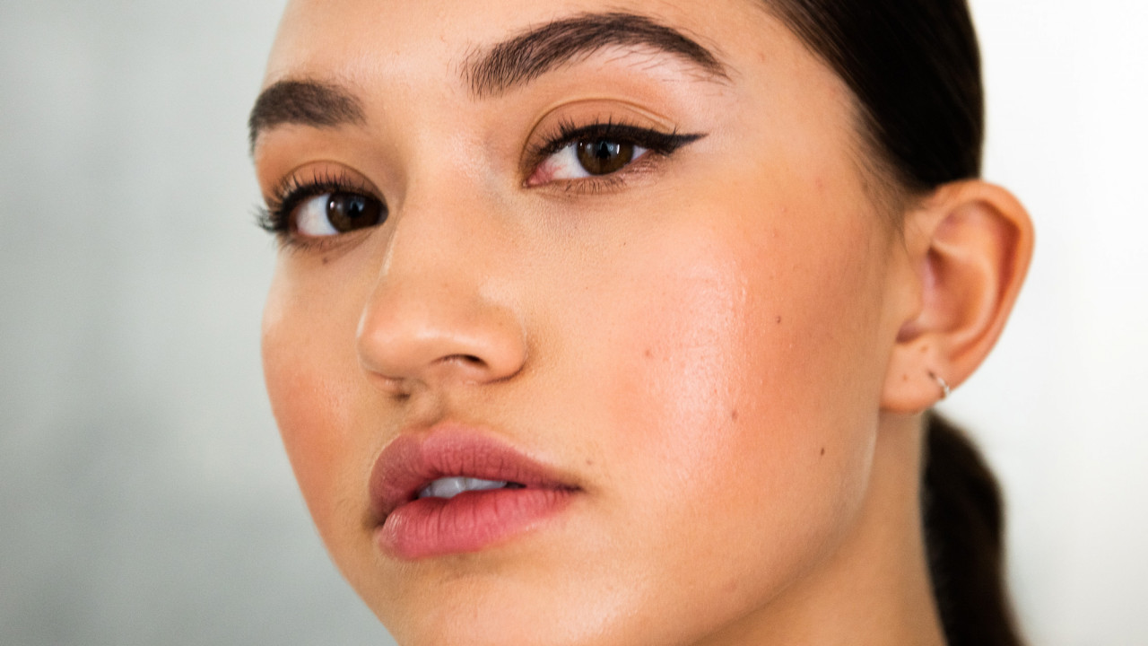 To Flip or to Lift: The Newest Ways to Get Fuller Lips