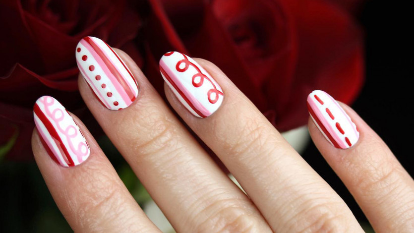 9 Valentine's-Inspired Nail Designs We're Obsessed With