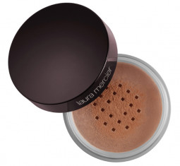 Translucent Loose Setting Powder by Laura Mercier
