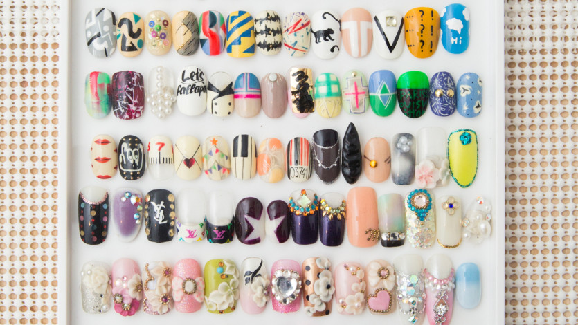 It's True: Press-On Nails Are Back