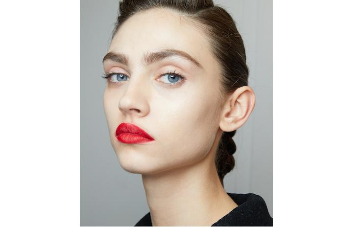 nyfw red lipstick trend