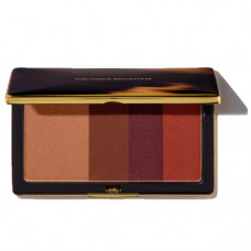 victoria beckham beauty smoky eye brick