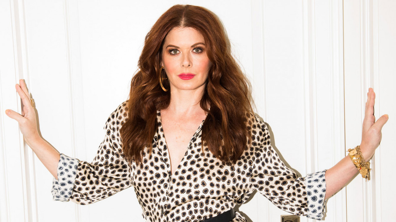 Podcast: Checking In with Debra Messing