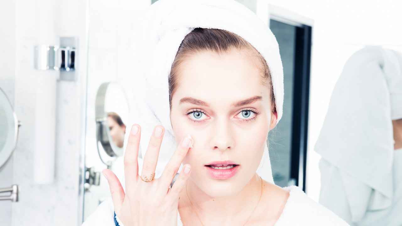 Our Favorite Dermatologist-Approved Sunscreens for Sensitive Skin