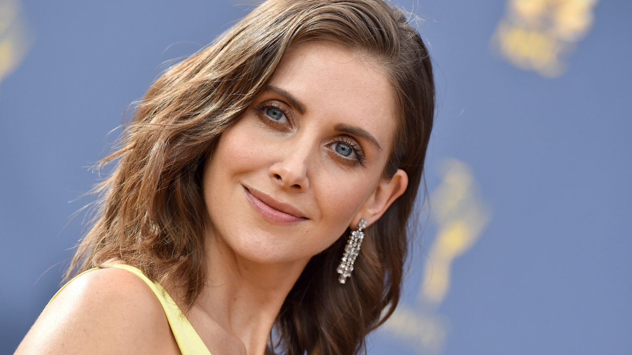 "Alison Brie on Her New Thriller ""The Rental"", Adapting to Quarantine, and Taking Charge of Her Own Career"