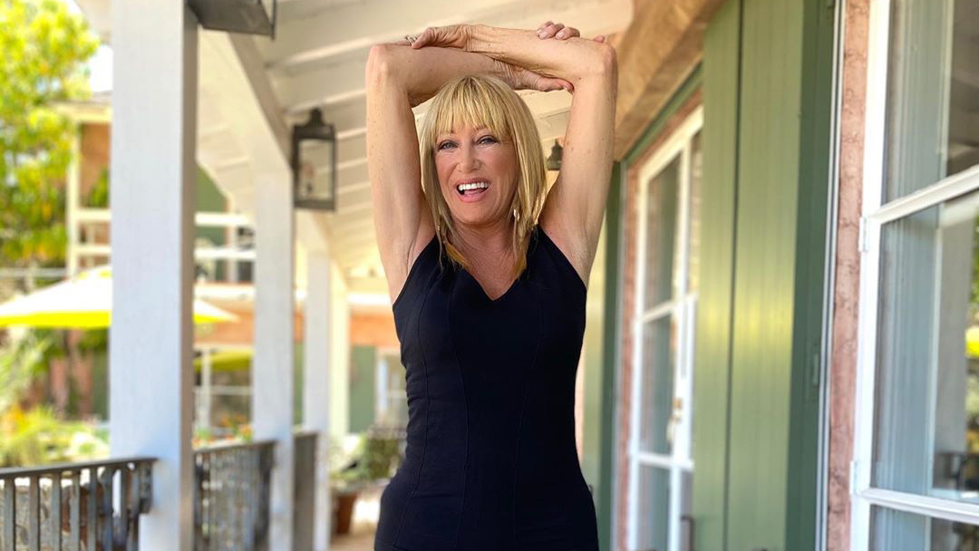 "Suzanne Somers Doesn't Want You to Have ""Neck Envy"""