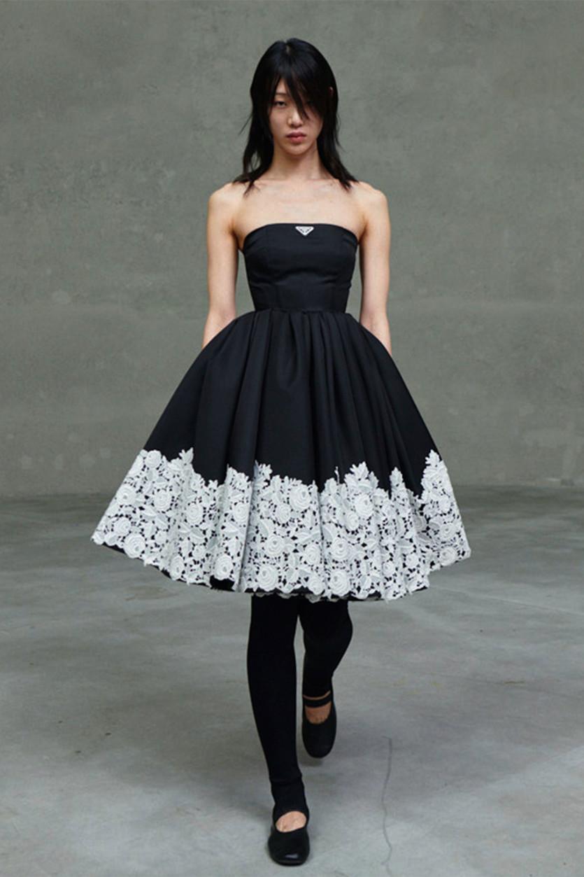 Wearing Leggings Under Dresses Is Trending Again Coveteur
