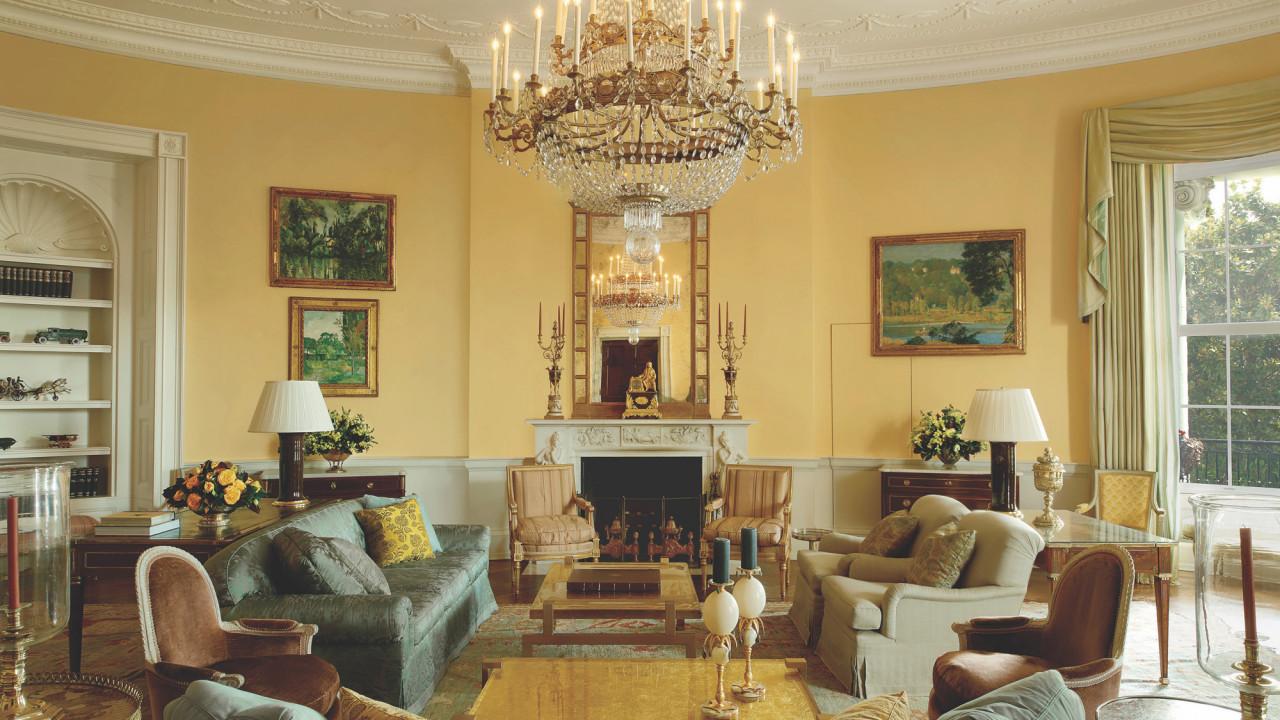 The Go-To Interior Decorator to the Obamas Talks Modernizing the White House