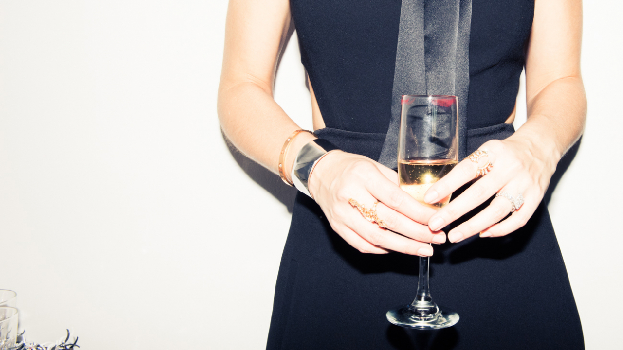 Bubbly & Beyond: The Best Pairings for the Holidays