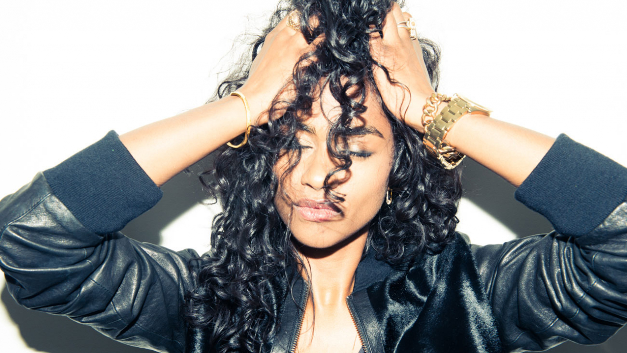 How to Air-Dry Your Curls Without Having Them Fall Flat
