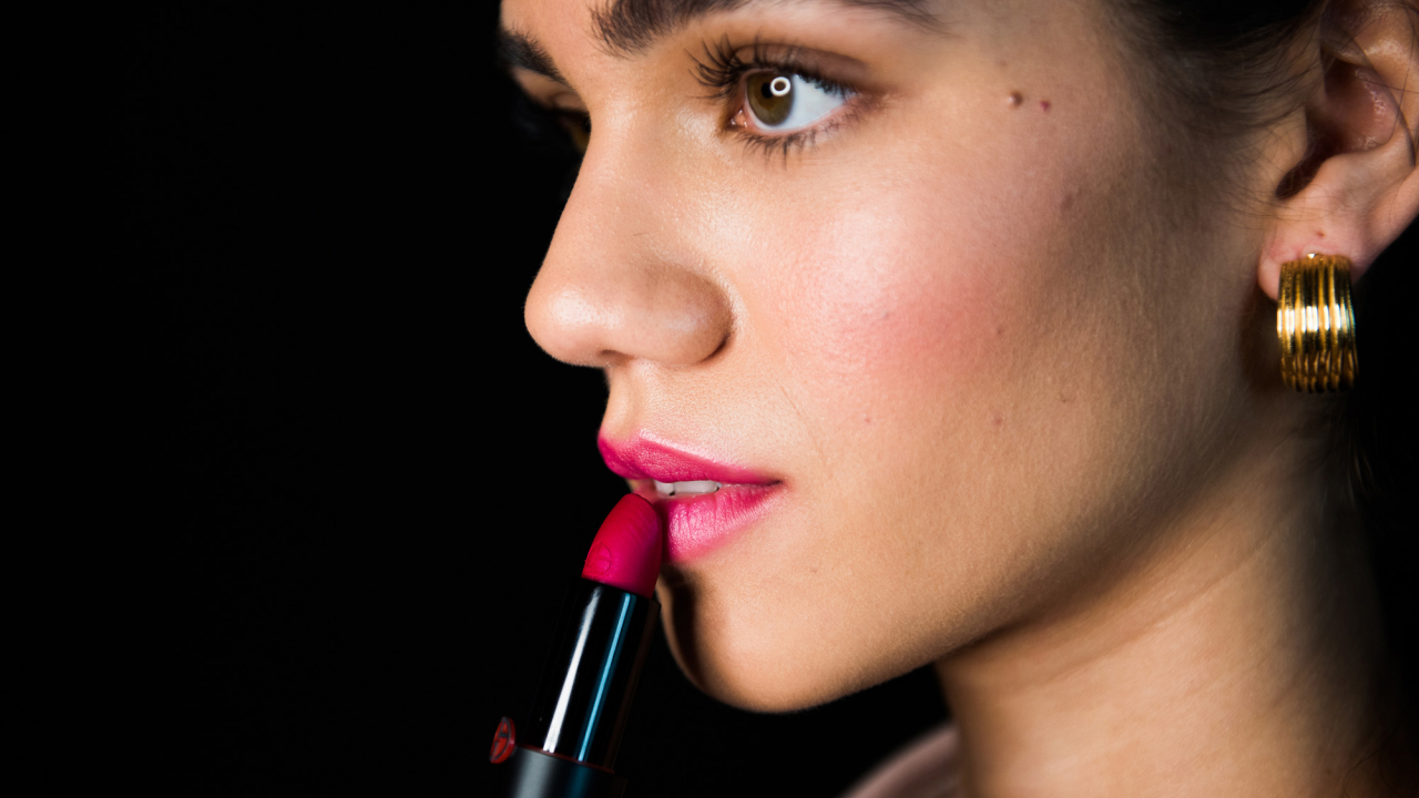 Ask a Makeup Artist: How to Create the Perfect Just-Been-Kissed Pout